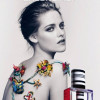 Kristen Stewart posa senza veli per la nuova fragranza Balenciaga Florabotanica