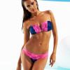 Irina Shayk, ex angelo di Victoria's Secret, propone una sua linea di bikini (FOTO)