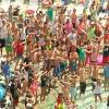 Basta balli di gruppo in spiaggia, torna la musica anni '80