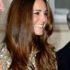 Kate Middleton sfavillante per il primo red carpet dopo la nascita del Principe George (FOTO)