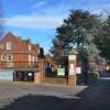 Inghilterra: insegnante di 27 anni bacia alunno di 16, sospesa