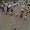 La proposta di matrimonio più bella della storia: il flash mob per chiederle di sposarlo!