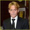 Colpo di testa per Johnny Depp, e People lo elimina dalla lista dei più sexy