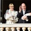 Alberto II e Charlene presentano i gemellini