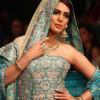 Trionfo di colori ed etnicismo dalle sfilate moda in Pakistan [GALLERY]