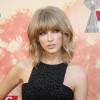 iHeart Radio Music Awards 2015: Taylor Swift, vincitrice nella musica e nel look. Ecco gli outfits disastrosi delle Pop Stars [GALLERY]