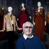 Lo stilista Givenchy compie 90 anni