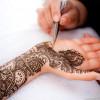 Tatuaggi all'hennè: i bambini rischiano dermatiti
