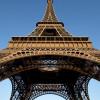 La Tour Eiffel festeggia i 300 milioni di visitatori in 130 anni