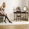 Con le mie gambe: la nuova campagna Golden Lady [GALLERY]