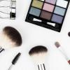 Le idee per un perfetto make up per le feste