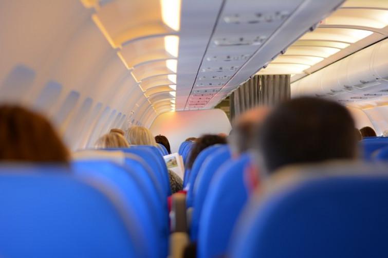 9b898b6494 Viaggiare in totale sicurezza e tranquillità: consigli per i lunghi viaggi  aerei