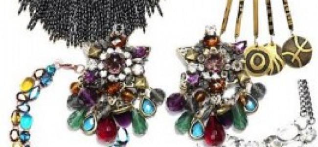 Mango bijoux: una cascata di pietre e luci per illuminare l'inverno