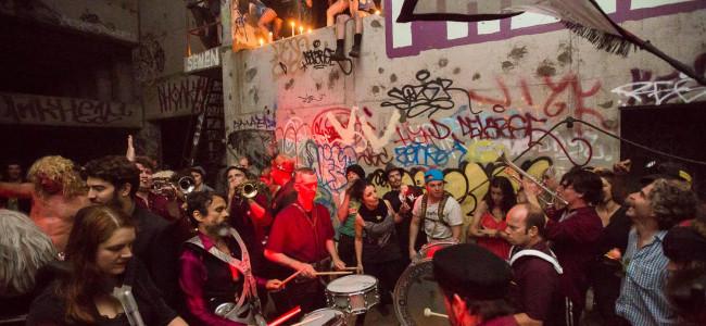 Party sottoterra: la nuova moda di Manhattan