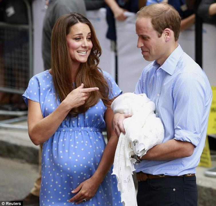 Il tributo di Kate a Diana: l'abito a pois