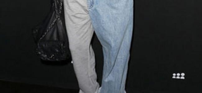 Non sapete cosa mettere oggi? Che ne dite del metà-pantalone?!