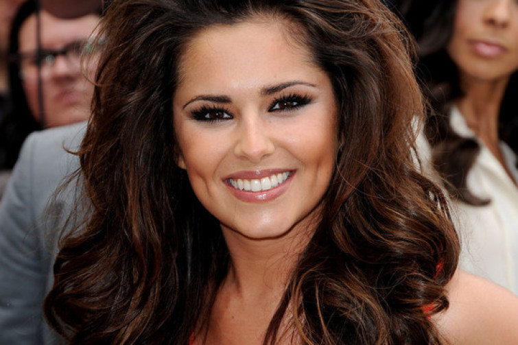 Tattoo shock di Cheryl Cole: l'intero lato B ricoperto da rose