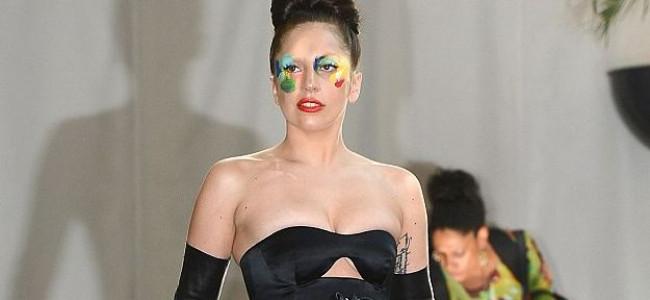 Incidente di guardaroba per Lady Gaga
