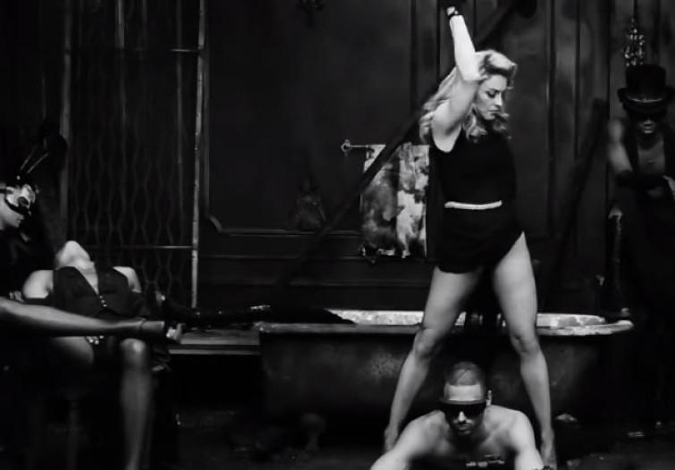 Madonna e Rihanna contro la violenza