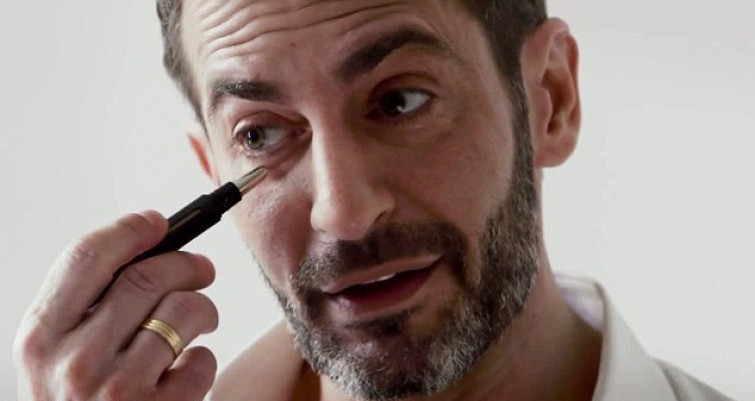Marc Jacobs presenta la linea beauty per uomo (VIDEO)