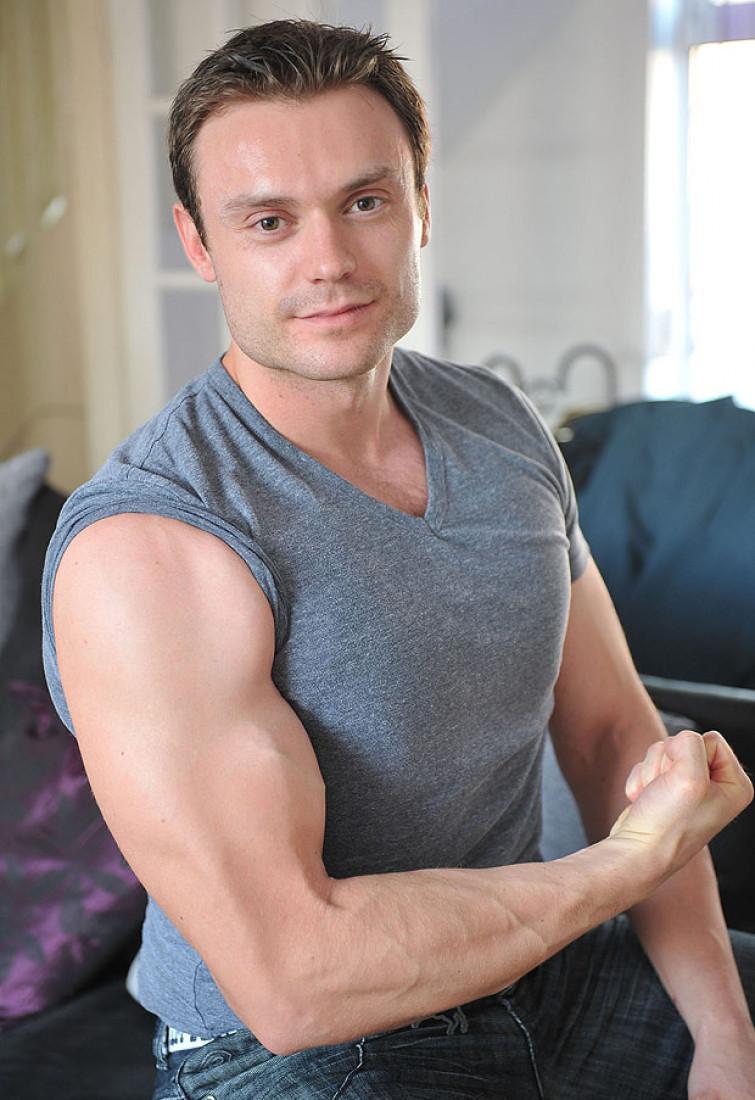 Dimagrisce 114 kg, ed ora lo chiamano Mister Muscolo [FOTO]