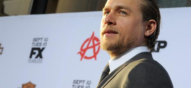 Charlie Hunnam rinuncia al ruolo di protagonista in 50 sfumature di grigio