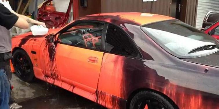 Indecisi sul colore della nuova auto? Ecco la vernice che cambia colore col calore [VIDEO]