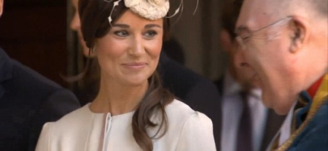 Battesimo Royal Baby, regalo bizzarro dalla zia Pippa Middleton [FOTO]