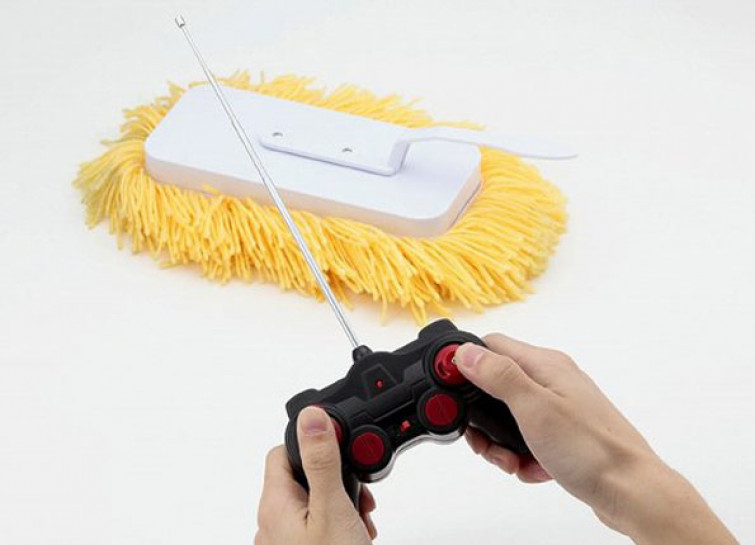 Pulire la casa col telecomando, la spazzola RC Sugoi Mop [VIDEO]