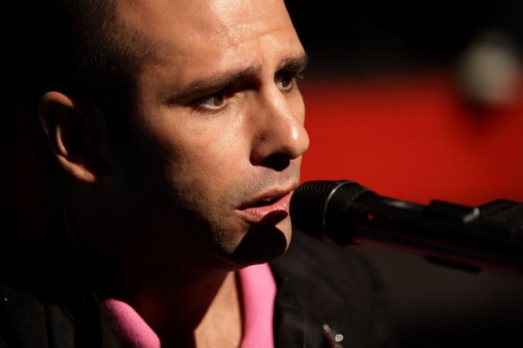 Checco Zalone e la canzone sulla querelle Barilla-omosessuali