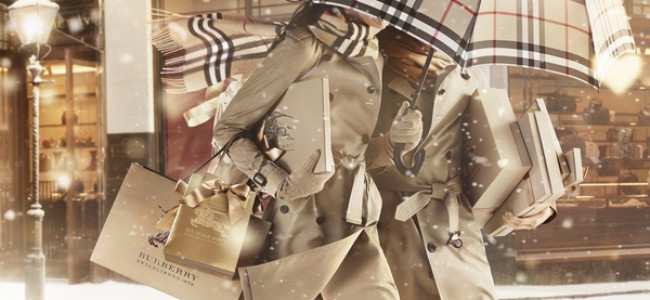 Natale 2013, BURBERRY lancia la collezione With Love [FOTO]