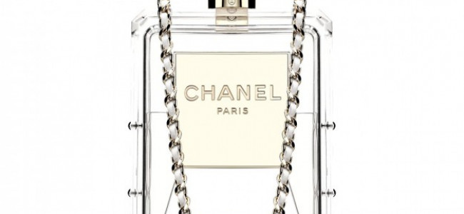 Chanel N°5 in versione clutch [FOTO]