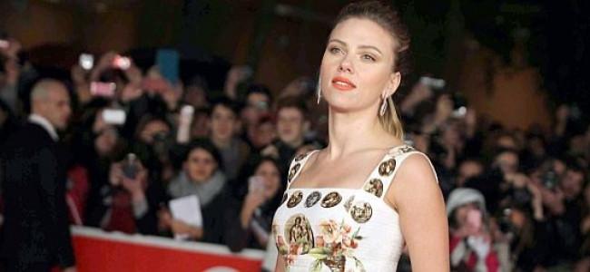 Scarlett Johansson incanta il pubblico del Festival del Cinema di Roma [FOTO]