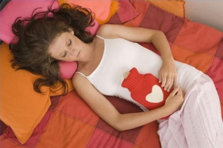 Dismenorrea o mestruazione dolorosa: i principali rimedi naturali contro i dolori mestruali
