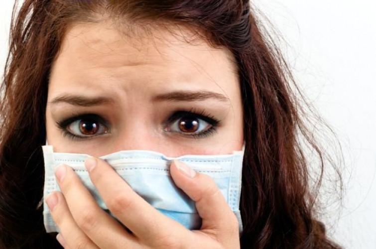 Come proteggere la pelle dallo smog e dalle aggressioni degli altri agenti esterni