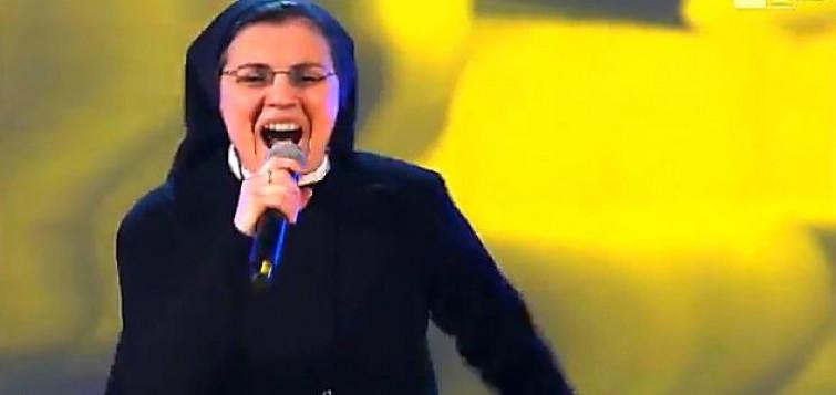 Suor Cristina Scuccia: la suora Siciliana che incanta il pubblico e i giudici di The Voice [VIDEO]