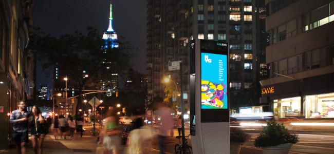 Il telefono pubblico diventa hi-tech [FOTO]