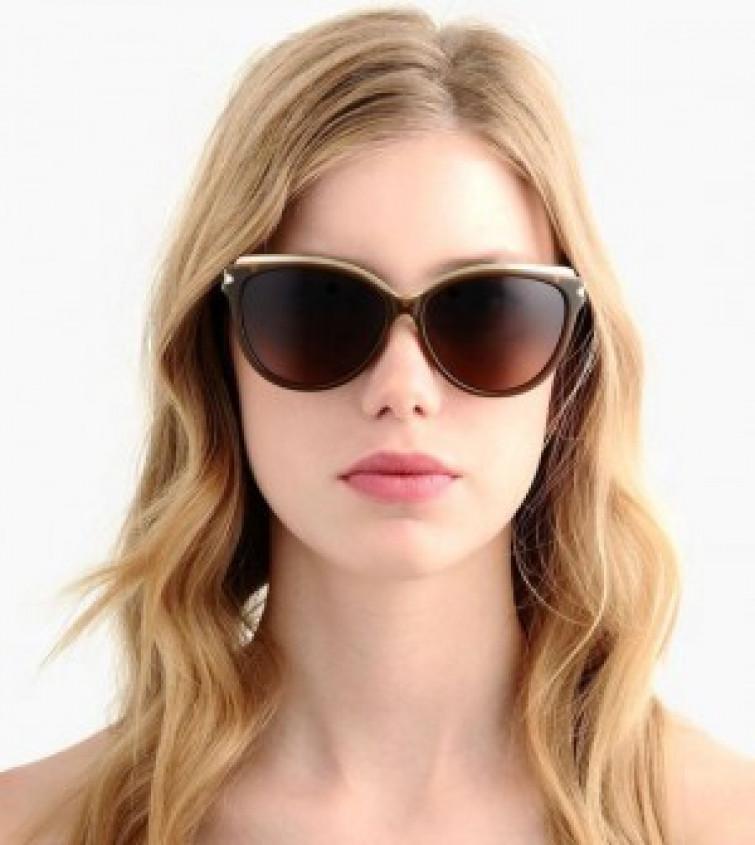 Emilio Pucci: occhiali da sole a gatto e ironici