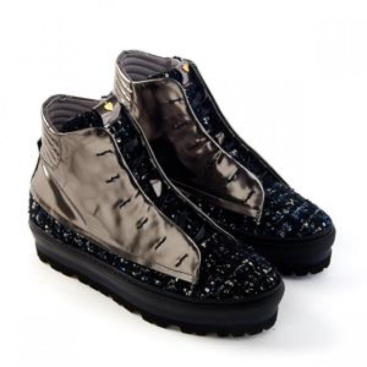 Pitti: le sneakers di Lara Hampton