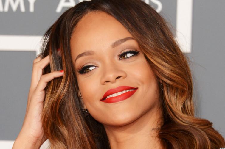 Rihanna sarà la prima testimonial di colore di Dior
