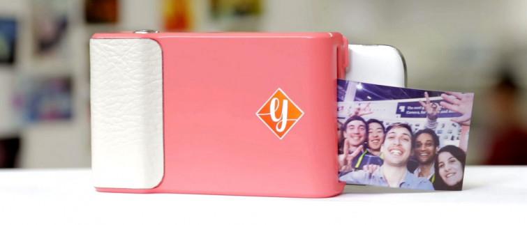 Prynt: la cover per smartphone che stampa polaroid [VIDEO]