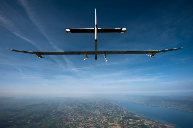 Solar Impulse2: l'aereo solare pronto per il giro del mondo