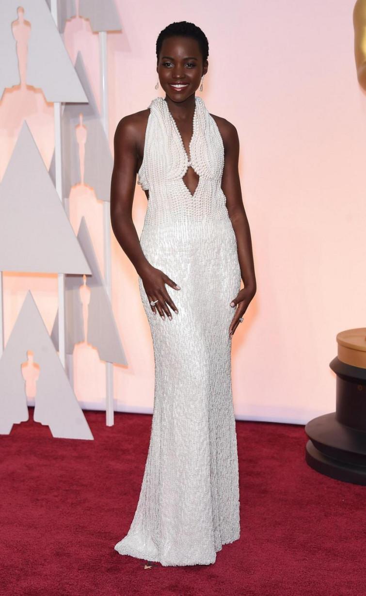 Rubato l'abito indossato da Lupita Nyong'o la notte degli Oscar