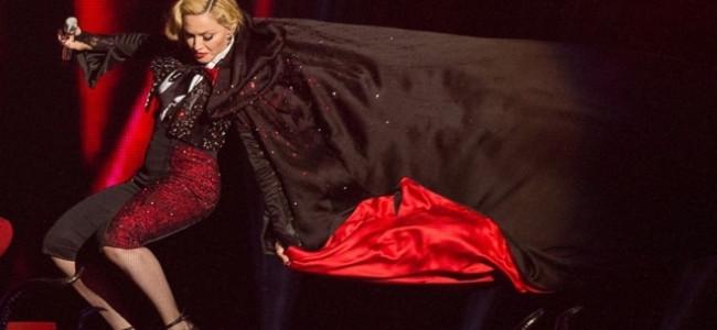 Madonna incolpa Armani per la sua caduta, ecco la risposta dello stilista