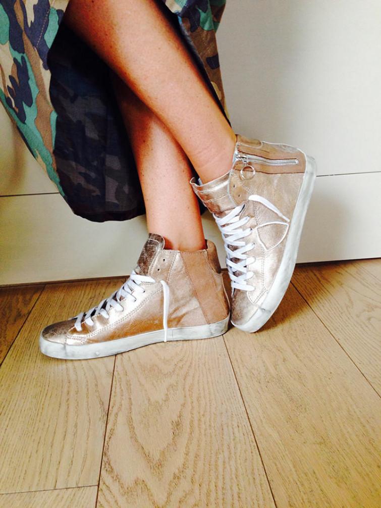 31baed96eb Philippe Model Paris: sneakers gioiello dipinte a mano, con ricami e ...