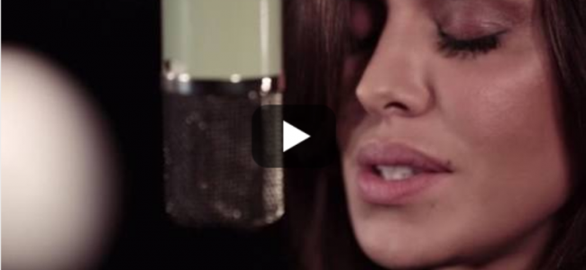 """Belen diventa cantante: ecco il suo brano """"Amarti è folle"""" [VIDEO]"""