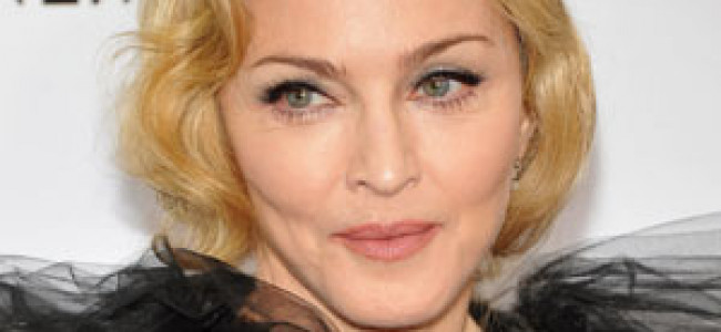 Madonna ha dato forfait e non si è presentata alla sfilata di Donatella Versace