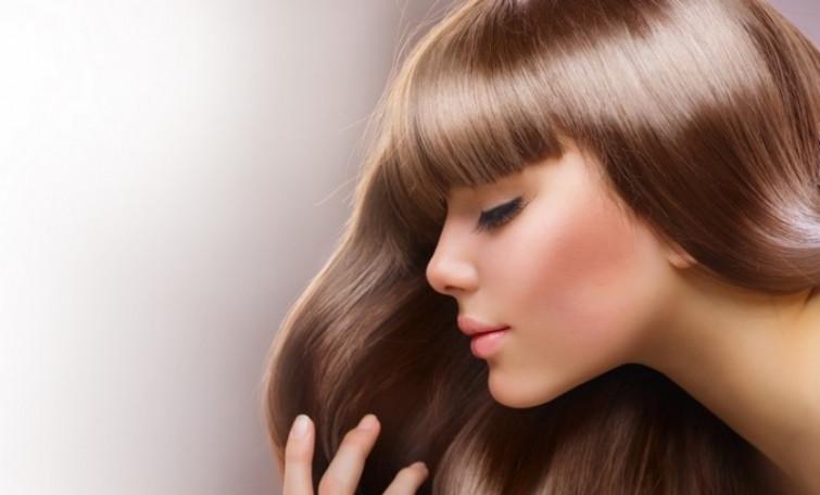 I massaggi per i capelli: semplici passaggi a costo zero per mantenerli forti e vigorosi