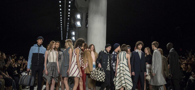 New York Fashion Week: il ritorno alle origini di Lacoste [FOTO]