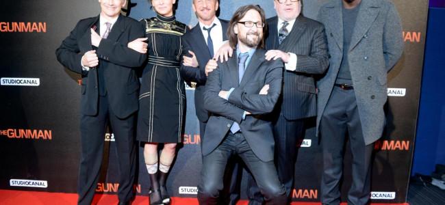 """Anteprima mondiale di """"The Gunman"""" con Sean Penn: sul red carpet gli attori non brillano certo per il loro look [FOTO GALLERY]"""